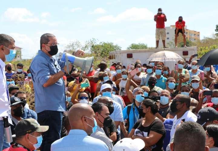 Invasores de terrenos en La Chorrera recibirán lotes y títulos de propiedad