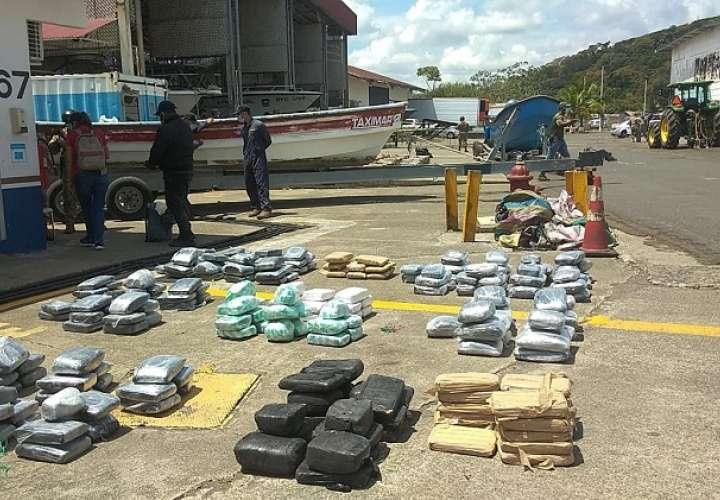 Interceptan tres lanchas rápidas cargadas con drogas en menos de 24 horas