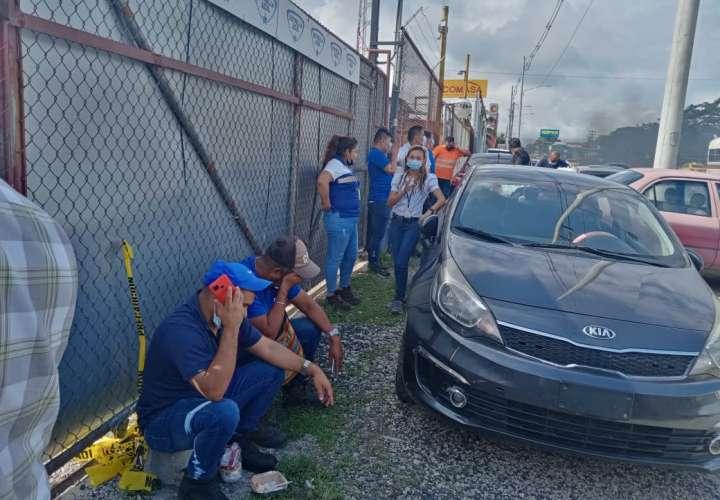 Trabajadores de Estrella Azul de Colón se unen a huelga