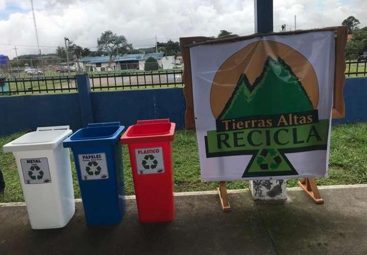 Embajada de Canadá y autoridades inauguran proyecto de reciclaje en Chiriquí