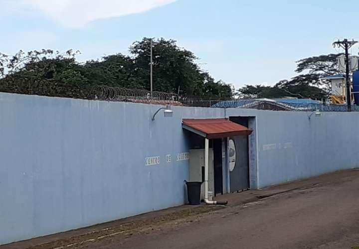 Descartan traslado de reclusos de Santiago a Chitré