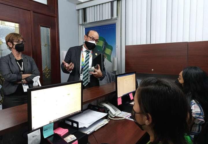 Defensor del Pueblo en visita sorpresa a Municipio de La Chorrera