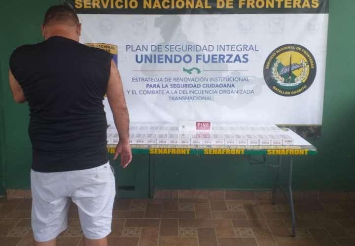 Caen dos panameños en Guabito transportando 580 paquetes de cigarrillos ilegal