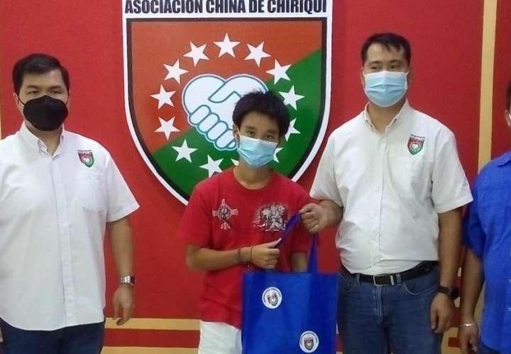 Ayudan a joven japonés que fue víctima de robo en Chiriquí