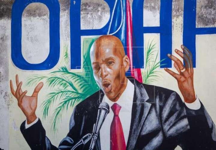 Fotografía de un mural del asesinado presidente Jovenel Moise hoy, en Puerto Príncipe (Haití). EFE