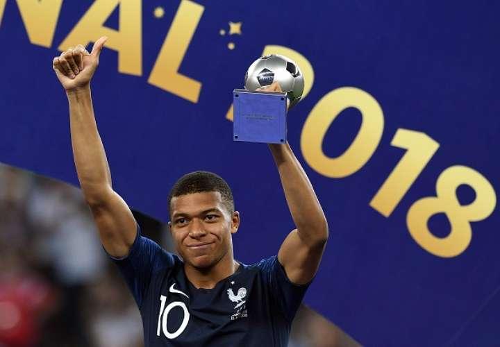 Kylian Mbappe es el jugador mas joven de la lista de nominados al premio