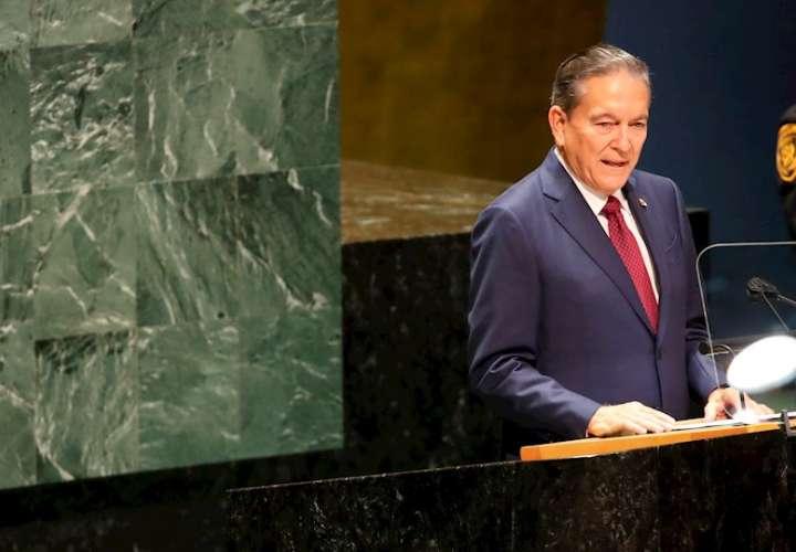 En la imagen aparece Laurentino Cortizo, presidente de Panamá. EFE