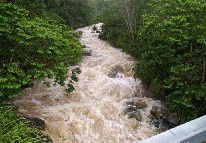 Más de 400 evacuados por mal tiempo en Chiriquí, Bocas  y zona comarcal