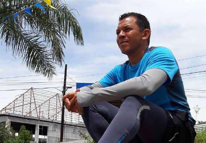 Luis Casis seguirá con la alcancía gigante, además prepara algo con Mayer
