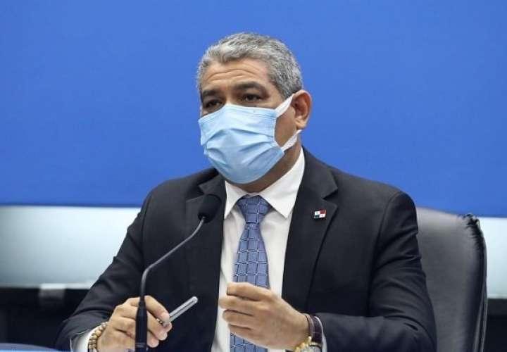 En la imagen el ministro de Salud,Luis Francisco Sucre. Archivo
