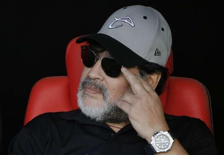 La cirugía se programó hace semanas, aunque se desconocía la fecha exacta, y fue el principal motivo por el que Maradona renunció el mes pasado a la dirección técnica de los Dorados de Sinaloa de la Segunda División de México. Foto: AP