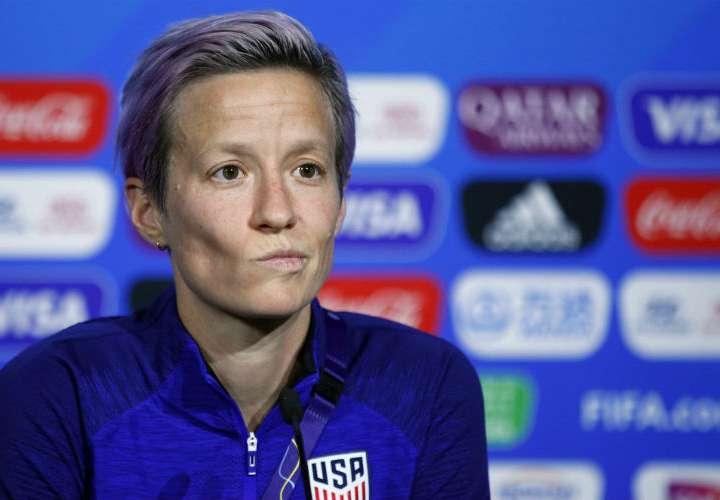Megan Rapinoe cuestionó duramente a la FIFA por el trato a las mujeres. Foto: AP