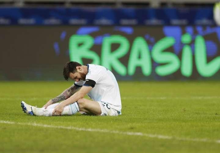 Lionel Messi anotó el gol del empate para la Albiceleste./ AP