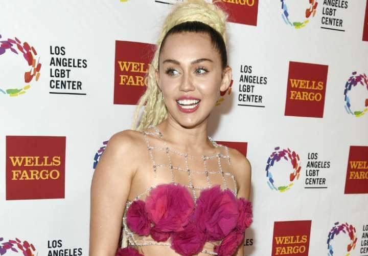 Miley Cyrus reemplazará a Cardi B en festival
