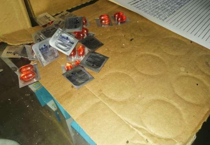 Detectan medicamentos vencidos y con excremento de ratas en Colón