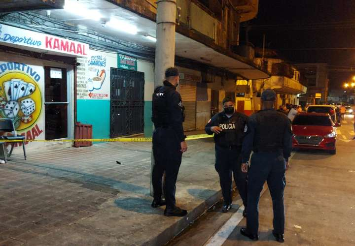 """Muere """"Muelón"""" tras ataque a tiros en local comercial en Colón"""