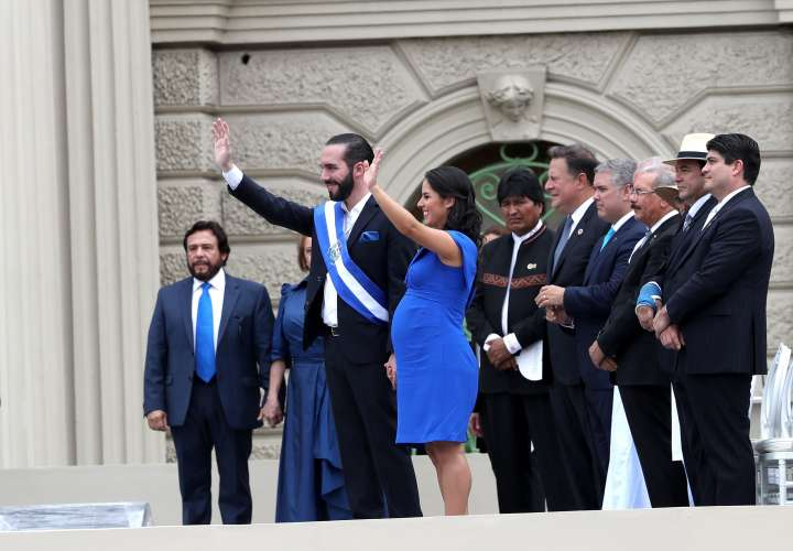 Varela participa en investidura de nuevo presidente El Salvador