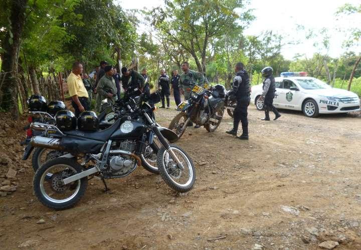 Dos detenidos y 25 verificados en Santiago durante operativo policial  [Video]