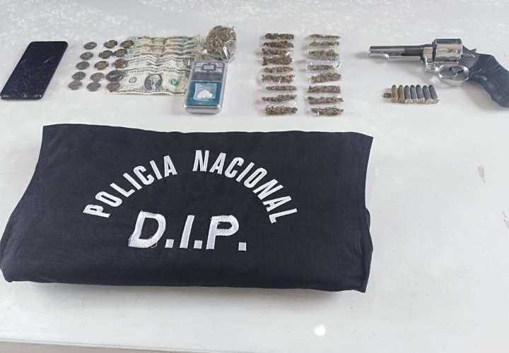 Caen narcos criollos y sujeto con arma ilegal durante operativo en Arraiján