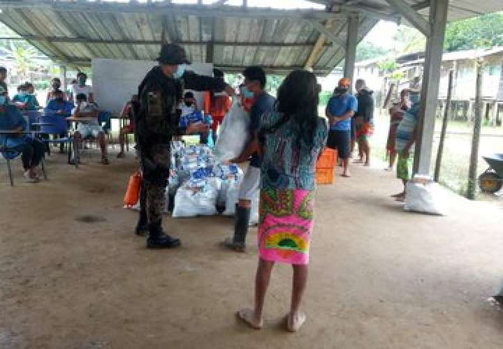 Entrega de ayuda de Panamá Solidario