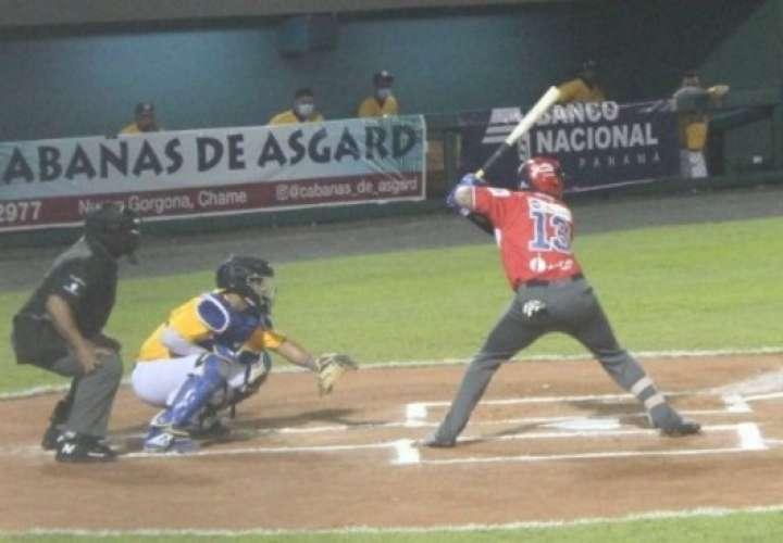 Panamá Metro derrota a Herrera en episodios extras