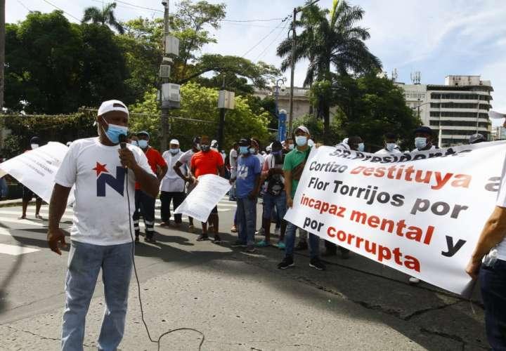 Pescadores rechazan proyecto de ley que afecta actividad. Protestan en Asamblea