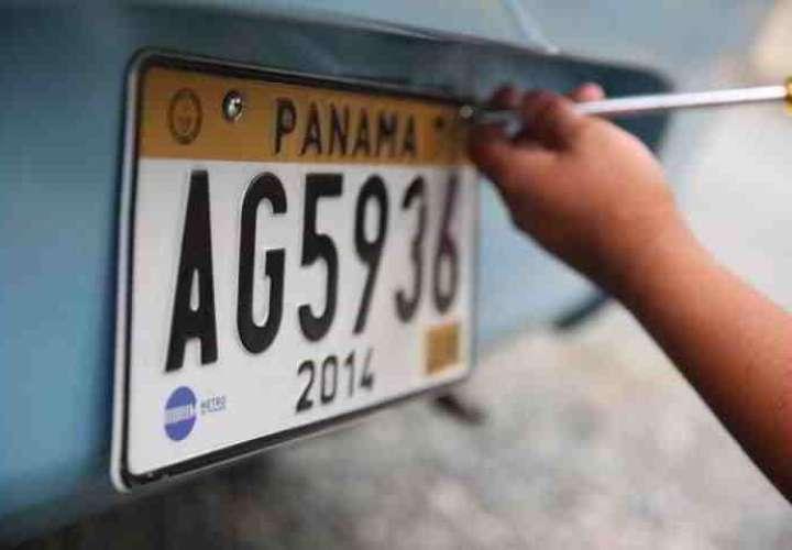 Aprueban uso de placa única vehicular por 5 años