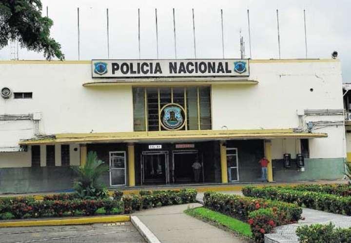 Detienen a teniente de la policía ebrio y agresivo en San Miguelito