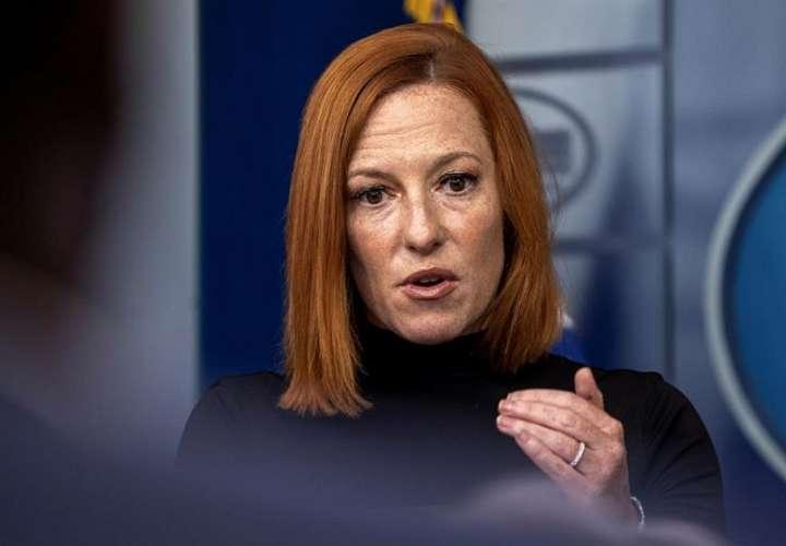 En la imagen aparece la portavoz de la Casa Blanca, Jen Psaki, habla durante una rueda de prensa, este 10 de septiembre de 2021, en Washington. EFE