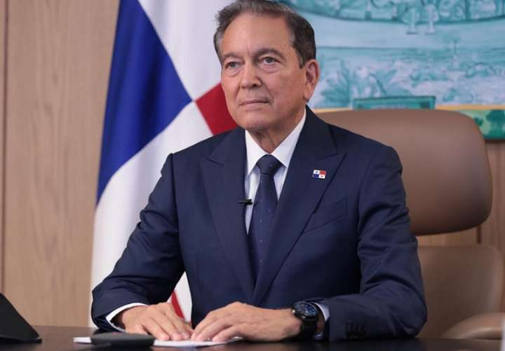 En la imagen aparece el presidente de Panamá, Laurentino Cortizo.