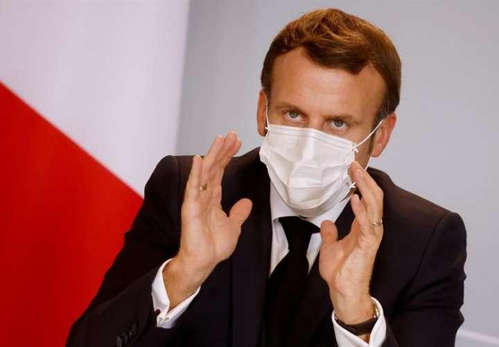 El 15 de diciembre, si los parámetros de la pandemia siguen bajando, se eliminarán las restricciones en los desplazamientos. EFE