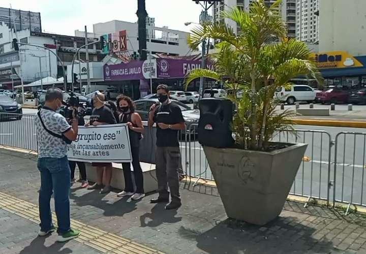 """Grupo """"Artistas por Panamá"""" exige devolución del Teatro Balboa  [Video]"""