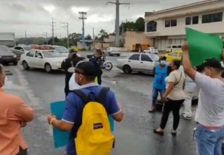 La segunda protesta se desarrolló a la altura de la comunidad de Villa del Carmen en el corregimiento de Cristóbal Este.