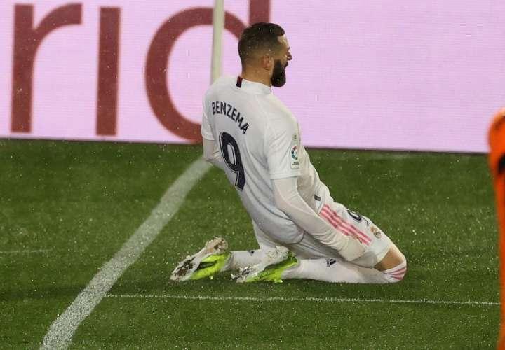 Karim Benzema festeja su gol. /EFE