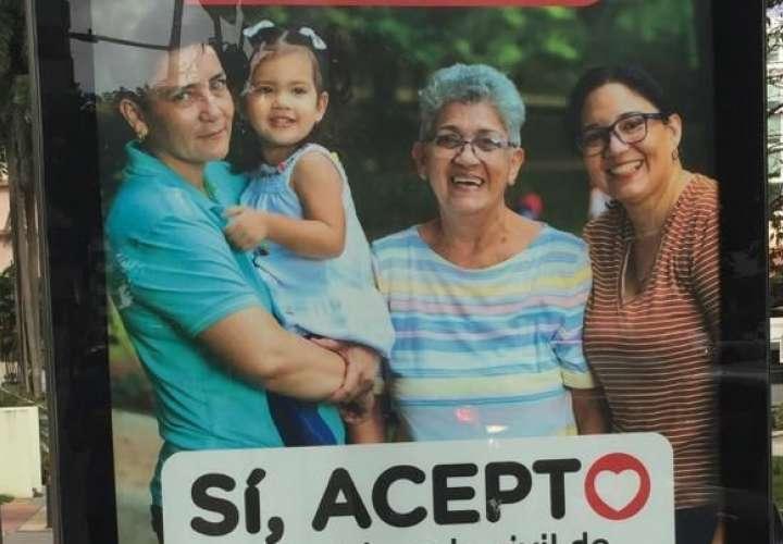 """Alcaldía niega que ordenó la remoción de publicidad de campaña """"Sí, Acepto"""""""
