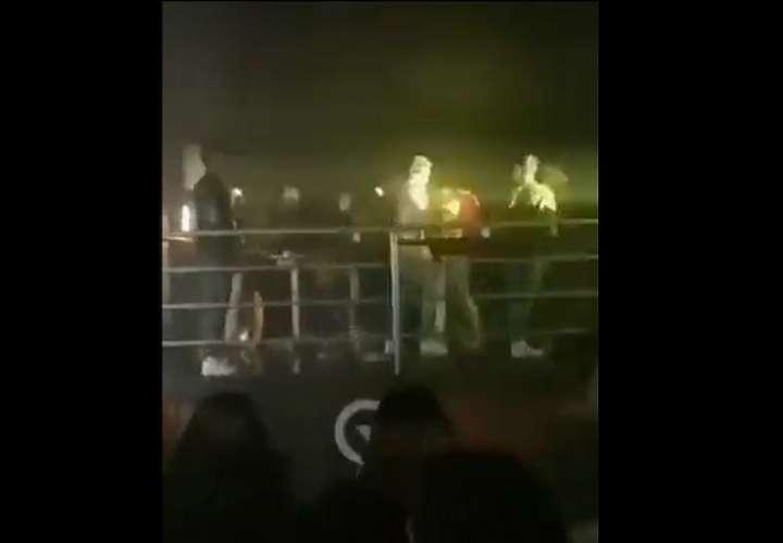 Una de las riñas tuvo lugar en una discoteca en donde se presentaba un artista del género urbano.