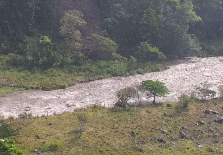 Ríos como el Caldera en el distrito de Boquete, también presentan aumento en el nivel de sus caudales.