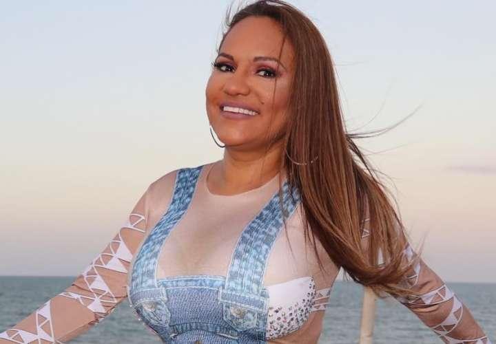 Sandra Sandoval: 'Voy a cantar como el murciélago, patas pa' arriba'
