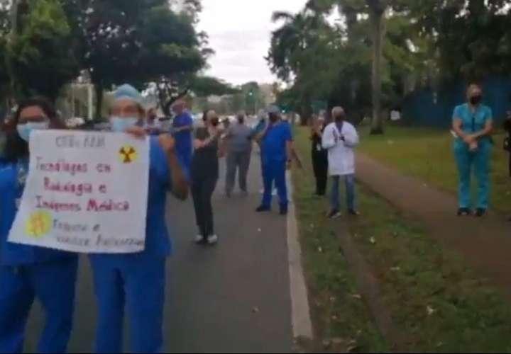 Radiólogos de la CSS denuncian acoso laboral y maltrato de sus jefes (Video)