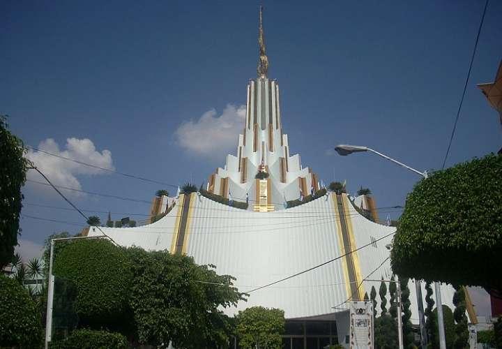 Sede internacional de la Iglesia La Luz del Mundo en Glorieta Central No. 1, Hermosa Provincia, Guadalajara, Jalisco, México. Foto: Wikipedia