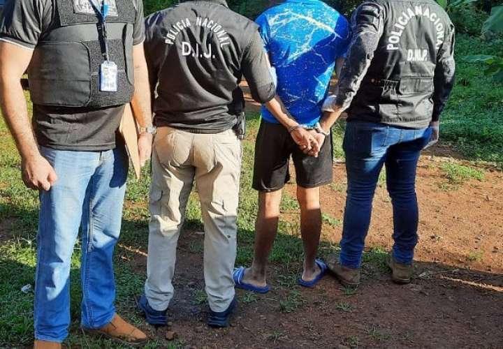 El imputado fue aprehendido ayer, miércoles, en calle Arco Iris, ubicada en Calzada Larga.