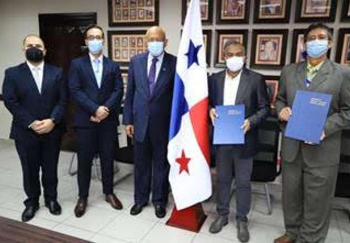 Juramentan a Magistrados del Tribunal Administrativo de Contrataciones Públicas
