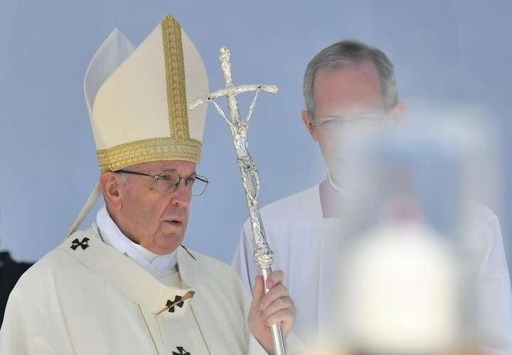 Papa reconoce abusos sexuales de curas y obispos a monjas