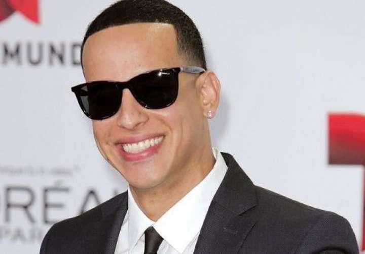¿Daddy Yankee le tira a 'El Chombo' por la muerte del reguetón?