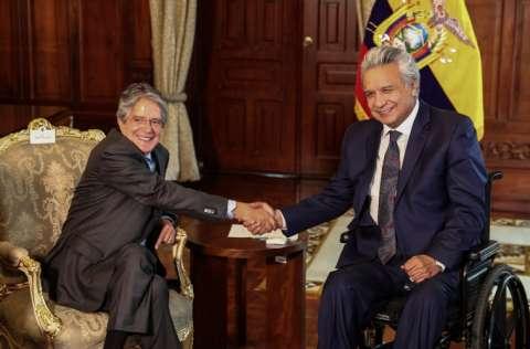 Lenín Moreno y el presidente electo Guillermo Lasso, llevaron a cabo la primera reunión de transición de gobierno, con el tema de la vacunación como prioridad. FOTO/EFE