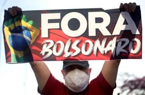 La gestión del Gobierno de Bolsonaro está siendo duramente cuestionada por sospechas de corrupción en la compra de vacunas. FOTO/EFE