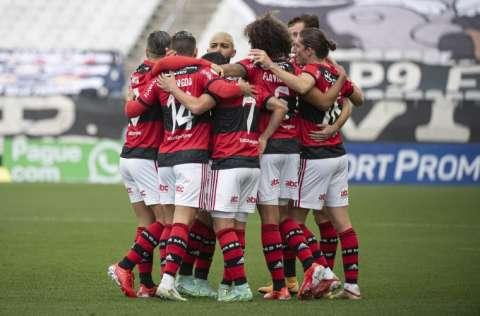Los jugadores del Flamengo festejan uno de sus goles. Foto: Flamengo