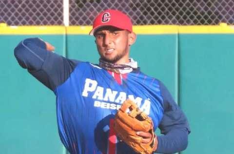 El coclesano Julio González, tercera base.