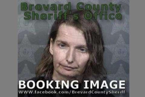 Melissa Doss, de 42 años, fue acusada de un delito de abuso agravado de un menor y negligencia infantil.