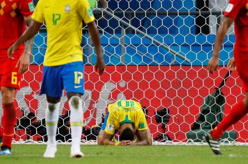 La eliminación de Uruguay y de Brasil en los cuartos de final supone en la historia las semifinales de una Copa del Mundo las acaparan equipos europeos. Foto EFE